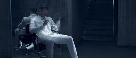Alexander Skarsgard en el anuncio de Calvin Klein