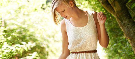 El color blanco es el color con el que menos acertarías para asistir a una comunión o boda