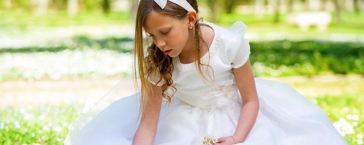 Hay algunas niñas a las que les encanta el vestido de Comunión
