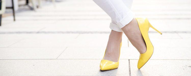 El tacón afecta de forma negativa al pie