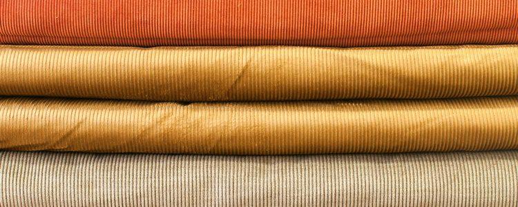 La pana es un tejido de origen rural que ha sabido adaptarse a las modas del momento