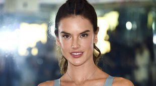Alessandra Ambrosio promociona la colección deportiva de Victoria's Secret 'Entrena como un ángel'