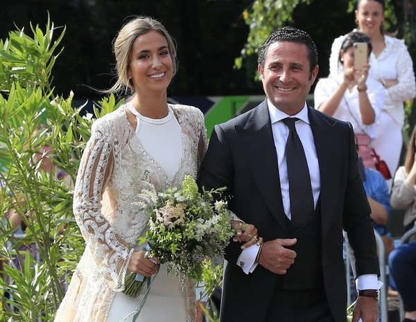 Así fueron los dos vestidos de María Pombo para darse el 'sí, quiero' con Pablo Castellanos