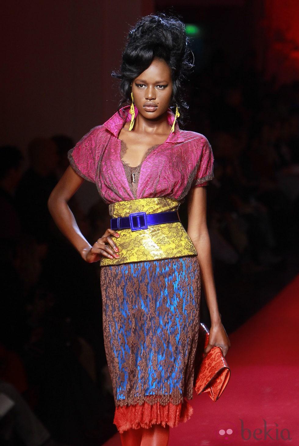 Dise o en color block bajo encaje nude de jean paul - Diseno alta costura ...