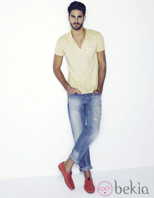 Juan Betancourt con mocasines de la colección primavera/verano 2013 de Xti